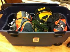 The first BIG thing on the preparedness to do list is your 72-hour kit. Will you have yours in a tub, pack or case? Start your kit today!