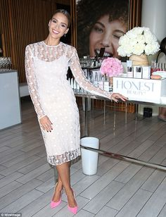 Billion dollar smile: Jessica Alba launched her new line of Honest Beauty products in New ...