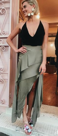 #fall #outfits women's black sleeveless plunging neck top and gray slit skirt