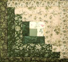 Queen Barn Raising Variation of Log Cabin Quilt in Green & Light Tan Log Cabin Patchwork, Patchwork Quilt, Log Cabin Quilt Pattern, Log Cabin Quilts, Barn Quilts, Quilt Block Patterns, Mini Quilts, Pattern Blocks, Quilt Blocks
