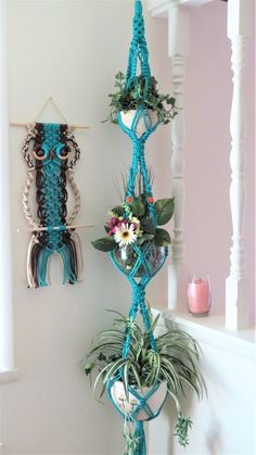 Home Decor plants Boho Room Decor - Hippie Room Decor - Triple Macrame Plant Hanger - Boho Living Room Decor - Boho Home Decor - Turquoise Macrame - 3 Tier Boho Room Decor Hippie Room Decor Dreifache Makramee Pflanze Boho Living Room Decor, Hippie Living Room, Hippie Room Decor, Bohemian Living, Hippie Apartment Decor, Decor Room, Room Decorations, Living Room Decor Turquoise, Bedroom Apartment