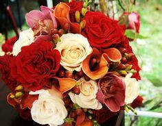 La tradition du lancé du bouquet mariée est né en France au 15 siècles. Si vous comptez avoir votre mariage cet automne en respectant le rituel, Deavita vou