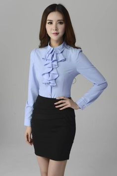 Summer woman outfit combination of clothes - imgtopic Blouse Styles, Blouse Designs, Classy Outfits, Casual Outfits, Skirt Outfits, Elegante Y Chic, Casual Dresses, Fashion Dresses, Corporate Attire