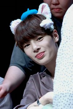 Mr Fox, Kids Around The World, Lee Know, Cute Faces, Dimples, Korean Beauty, K Idols, Pop Group, Little Boys