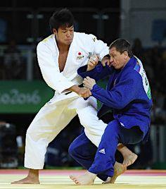 攻める羽賀 :フォトニュース - リオ五輪・パラリンピック 2016:時事ドットコム