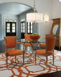 .cute dining room.   Bright and pretty, elegant