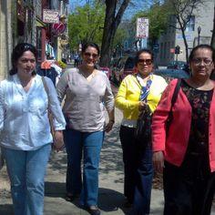 paseando Claudia, Junia, Mirna y Mirna(mama).