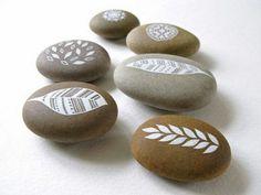 Painted rocks | Stones | Pinterest