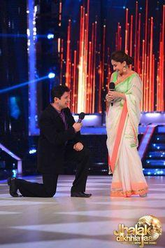 Dr. Sriram Nene proposes #Madhuri Dixit once again...#Dance #DaneShow #JhalakDikkhlaja