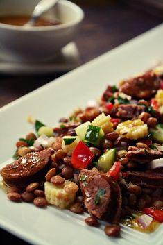 Φακές και άλλα σε μια υπέροχη ζεστή σαλάτα!By Ευα Μονοχαρη Published: Ιανουαρίου 20, 2014Yield: 4-5 ServingsPrep: 10 minsCook: 40 minsReady In: 50 Salad Bar, Kung Pao Chicken, Dips, Salads, Beef, Snacks, Ethnic Recipes, Food, Projects