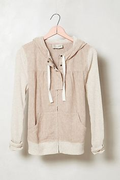 like the style of this hoodie