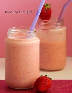 Το smoothie  είναι μια πολύ καλή λύση για να φάει κάποιος πολλά φρούτα μαζί και συγκεκριμένα ένα παιδί. Είναι θα έλεγα πως ε...