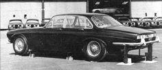 although it's still a six-light proposal at this point. And those rear lights look interesting. Jaguar Xk8, Jaguar E Type, Jaguar Cars, Best Classic Cars, Modern Classic, Fifth Gear, Jaguar Daimler, Fiat 500c, Diesel Cars