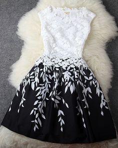 Lace sleeveless dress #blackandwhitetheme