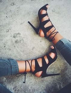 SANDALIA from Steve Madden || Stiloguard - Best High Heel Protectors, Prevents Heels from Sinking into Grass