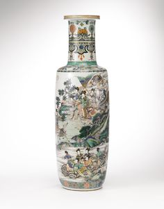 A rare and large wucai cylindrical vase, Qing dynasty, Kangxi period - Alain. Banquet, Vases, The Han Dynasty, Mother Goddess, Cleveland Museum Of Art, Chinese Ceramics, Antique Lamps, Qing Dynasty, Chinese Culture