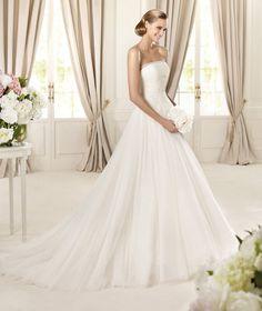 Elegant A-line Strapless Beading Sweep/Brush Train Tulle Wedding Dresses : Wedding Dresses, Bridesmaid Dresses, Gowns Online Shop,   Aisle Style UK