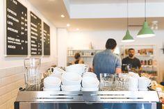 Die Brüher - Ein Coffeedate bei 35 Grad in Linz - coral and mauve Austria, Mauve, Coffee Shop, Conference Room, Coral, Furniture, Home Decor, Linz, Coffee Shops