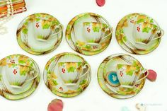 Trees with berries & Gold pattern England by FlyingSquirrelNest on Etsy 2 Tier Cake Stand, China Tea Sets, Yellow Leaves, Side Plates, Gold Pattern, Red Berries, Vintage Tea, Bone China, Green Colors