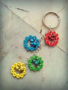 By Chandralekha Quilling Keychains, Paper Quilling Jewelry, Quilling Earrings, Quilling Work, Quilling Craft, Quilling Ideas, Quilling Flower Designs, Diy Jewellery Chain, Paper Art