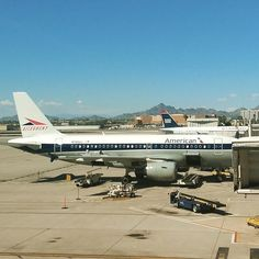 #AmericanAirlines @AmericanAir #plane #planeart #phoenix #SkyHarbor #airport #alleghenyairlines #classic #travel