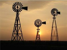 Windmills in West Texas Old Windmills, Wind Of Change, Loving Texas, Lone Star State, West Texas, Down On The Farm, Le Far West, Old Barns, Le Moulin