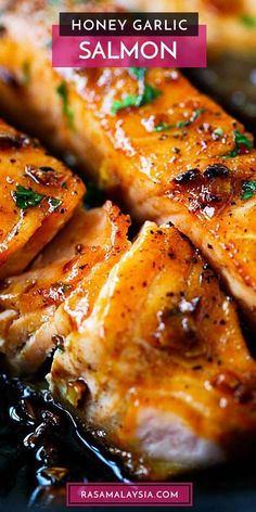 Easy salmon with honey garlic sauce is one of the best salmon recipes. Garlicky, sweet, sticky with simple ingredients. Takes 15 mins to make salmon dinner! Best Salmon Recipe, Baked Salmon Recipes, Seafood Recipes, New Recipes, Cooking Recipes, Healthy Recipes, Simple Fish Recipes, Simple Salmon Recipe, Best Fish Recipes