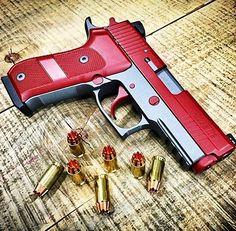 Custom Sig Sauer P220 #CrazyGuns FOLLOW @gun_freaks
