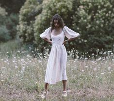 The bellflower midi dress in cream ~ (pre order) — Kara Thoms Summer Sundresses, Cottage Wedding, Wedding Looks, Dream Wedding, Linen Dresses, Minimalist Fashion, Minimalist Style, Timeless Fashion, Vintage Inspired