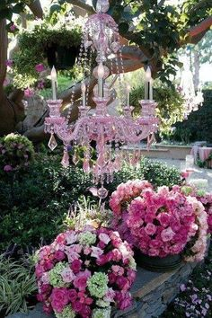 .Oh I'm lovin this.... so fresh and romantically fun....Wld be adorable for a Bridal shower or wedding or reception.....