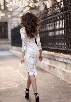 White Dresses > white dress outfit ideas > makeup ideas for white dress > white fancy dress ideas/white dress up ideas > white lace dress outfit. Pretty Dresses, Sexy Dresses, Beautiful Dresses, Look Fashion, Fashion Beauty, Womens Fashion, Dress Fashion, Fashion 2015, Fashion Sale