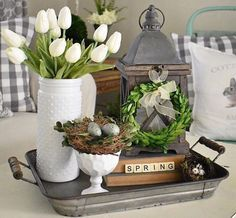 Farmhouse Style Kitchen, Rustic Farmhouse Decor, Modern Farmhouse, Farmhouse Ideas, Spring Home Decor, Diy Home Decor, Spring Kitchen Decor, Apartment Decoration, Easter Table Decorations
