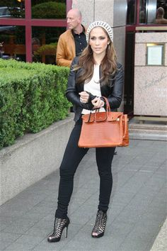 Street Style: Jennifer Lopez | Gallery | Wonderwall - Not too sure about the shoes but love everything else. :)