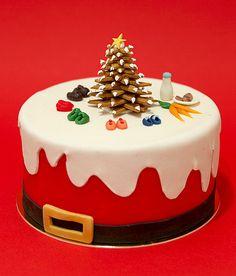 Trend Food: Our Christmas Protocols - Beau gateau - noel Christmas Themed Cake, Christmas Yule Log, Christmas Cake Designs, Christmas Cake Decorations, Holiday Cakes, Christmas Desserts, Christmas Baking, Christmas Treats, Mini Cakes