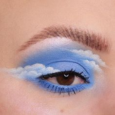 eye makeup art Happy little clouds Turning into a regular eye look account over here arent we Here is my contribution to the lovely cloud trend. Eye Makeup Designs, Eye Makeup Art, Makeup Inspo, Eyeshadow Makeup, Makeup Ideas, Eyeliner, Makeup Tips, Foil Eyeshadow, Simple Eyeshadow