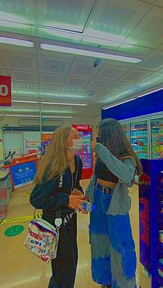 Indie Outfits, Teen Fashion Outfits, Retro Outfits, Stylish Outfits, Foto Best Friend, Best Friend Photos, Best Friend Goals, Fille Indie, Foto Glamour