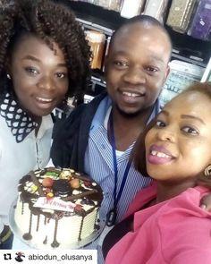 #Repost @abiodun_olusanya with @repostapp  Thanks to waracake i just received the cake @waracake  #waracake happy val in advance