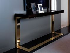 Nella Vetrina - Kelly Console Table made of Makassar Wood, beautiful finish love the bronze metal and sculptural look