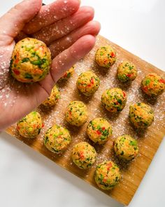 These vegan meatballs are as near as you can get to those served in your favourite Swedish flat-packed furniture chain - totally delicious! Vegan Foods, Vegan Dishes, Vegan Vegetarian, Vegetarian Recipes, Healthy Recipes, Veggie Ball Recipe, Veggie Recipes, Whole Food Recipes, Cooking Recipes