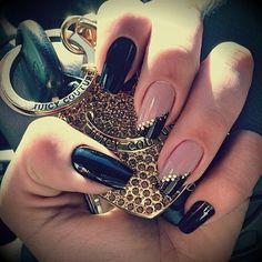 #black #nail #franch #manicure