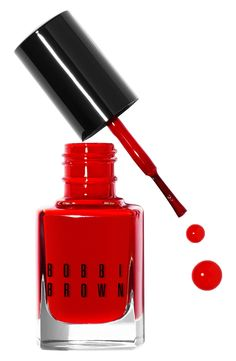 Always in style: A classic red manicure.