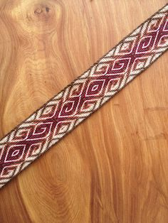 ideas about Tablet Weaving Patterns Card Weaving, Weaving Art, Loom Weaving, Tablet Weaving Patterns, Loom Knitting Patterns, Knitting Tutorials, Stitch Patterns, Finger Weaving, Inkle Loom