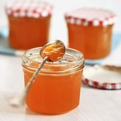 Weihnachtliches Clementinengelee - My list of the most healthy recipes Healthy Eating Tips, Healthy Nutrition, Jelly Recipes, Sweet Recipes, Drink Recipes, Chutneys, Holiday Party Appetizers, Jam And Jelly, Vegetable Drinks