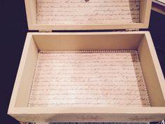 Fundo da caixa com papel scrap e meia pérola