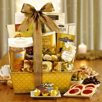 This Gilded Splendor Gift Basket will make the perfect gift for business associates, clients, and even family members and friends this holiday season!