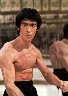 Dedicated To Bruce Lee Bruce Lee Art, Bruce Lee Martial Arts, Martial Arts Movies, Martial Artists, Bruce Lee Collection, Bruce Lee Pictures, Brandon Lee, Enter The Dragon, Jackie Chan