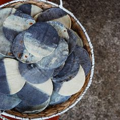 Hand made COBA tortilla's from organic blue and white masa from @tortilleria_taiyari Amsterdam, Blue And White, Organic, Throw Pillows, Kitchen, Handmade, Toss Pillows, Cooking, Hand Made