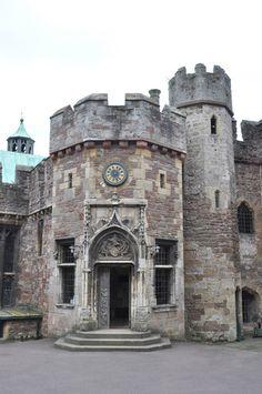 Berkeley Castle, Gloucestershire - DayTripFinder