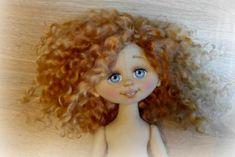У каждой начинающей кукольницы возникает очень много вопросов именно по изготовлению лица куклы. Поэтому мынемного приоткроем занавес и покажем кое-что из рабочего процесса. Это нужно для того, чт…