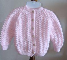 Gilet cardigan en points fantaisie 12 mois : Mode Bébé par danielaine-tricots-enfants
